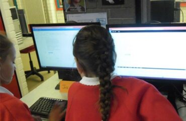 Using Learning Management Systems to improve student engaement